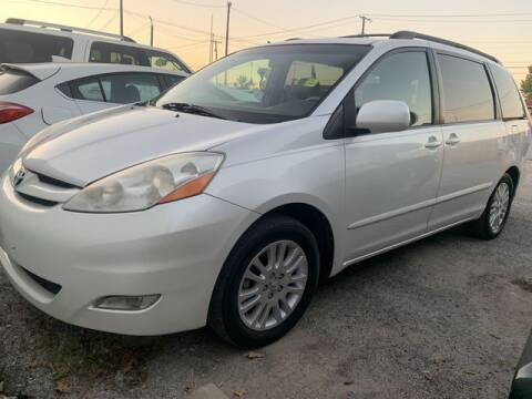 2008 Toyota Sienna for sale at The Kar Store in Arlington TX
