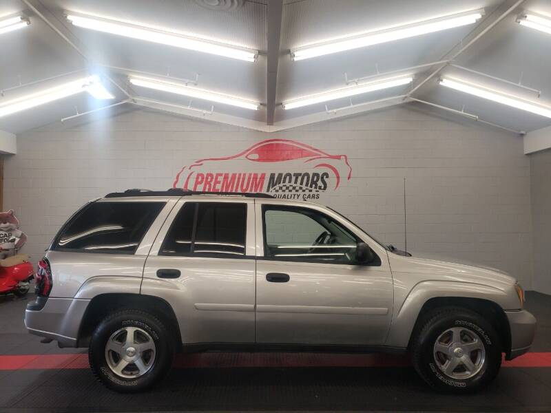 2006 Chevrolet TrailBlazer for sale at Premium Motors in Villa Park IL