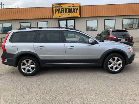 2009 Volvo XC70 for sale at Parkway Motors in Springfield IL