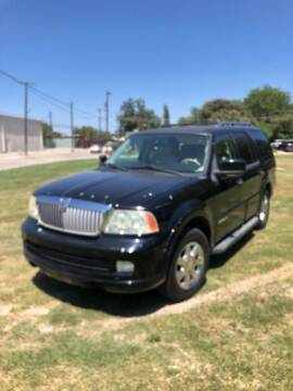 2006 Lincoln Navigator for sale at Carzready in San Antonio TX