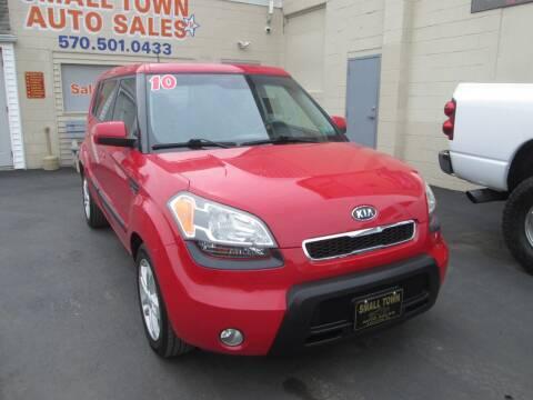 2010 Kia Soul for sale at Small Town Auto Sales in Hazleton PA