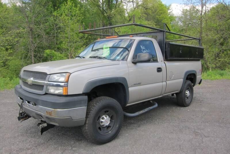 2004 Chevrolet Silverado 2500HD for sale at K & R Auto Sales,Inc in Quakertown PA