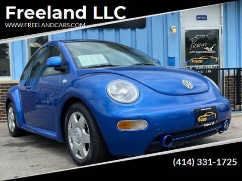 2000 Volkswagen New Beetle for sale at Freeland LLC in Waukesha WI