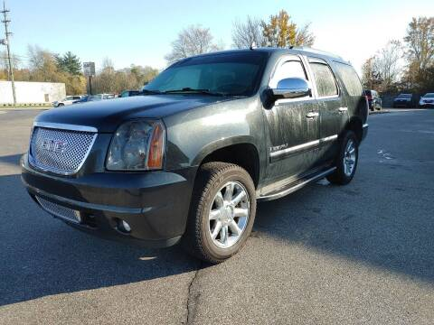 2009 GMC Yukon for sale at Cruisin' Auto Sales in Madison IN