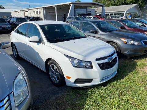 2014 Chevrolet Cruze for sale at Lakeshore Auto Wholesalers in Amherst OH