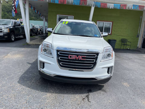 2017 GMC Terrain for sale at PIONEER USED AUTOS & RV SALES in Lavalette WV