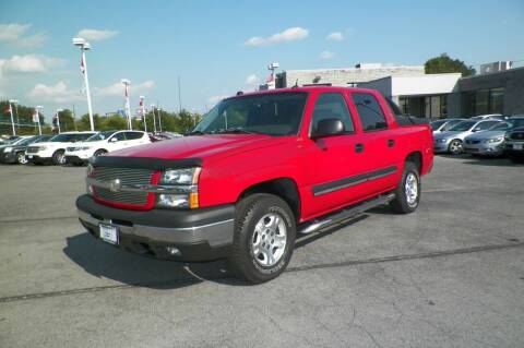 2004 Chevrolet Avalanche for sale at Paniagua Auto Mall in Dalton GA