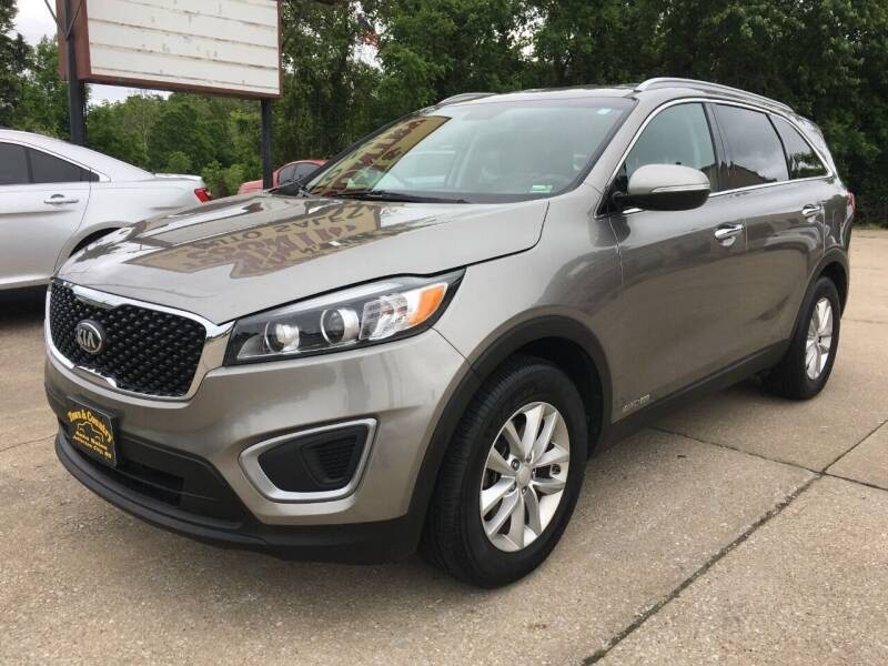 2017 Kia Sorento for sale at Town and Country Auto Sales in Jefferson City MO