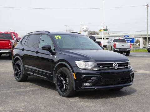 2019 Volkswagen Tiguan for sale at FOWLERVILLE FORD in Fowlerville MI