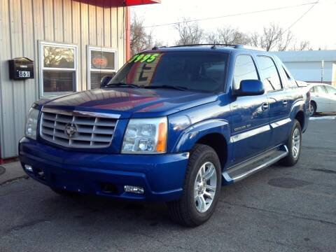 2003 Cadillac Escalade EXT for sale at Midwest Auto & Truck 2 LLC in Mansfield OH