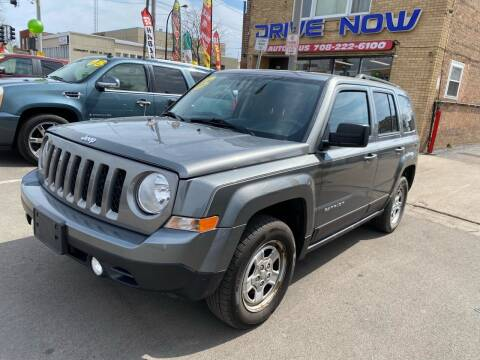 2013 Jeep Patriot for sale at Drive Now Autohaus in Cicero IL