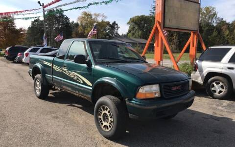 1998 GMC Sonoma for sale at CARS R US in Caro MI