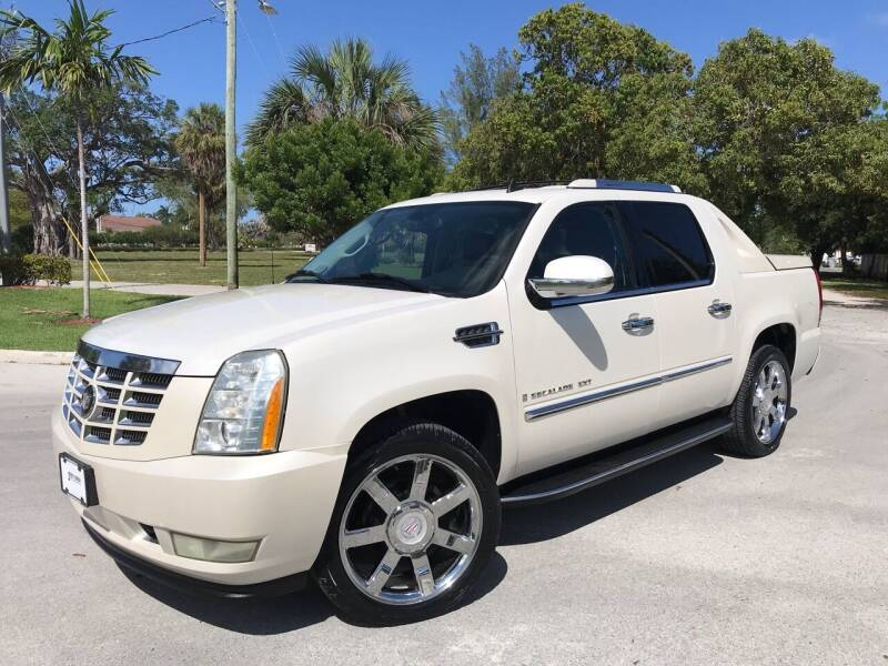 2007 Cadillac Escalade EXT for sale at FIRST FLORIDA MOTOR SPORTS in Pompano Beach FL