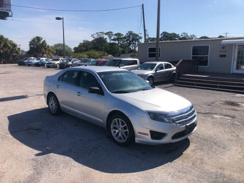 2011 Ford Fusion for sale at Friendly Finance Auto Sales in Port Richey FL