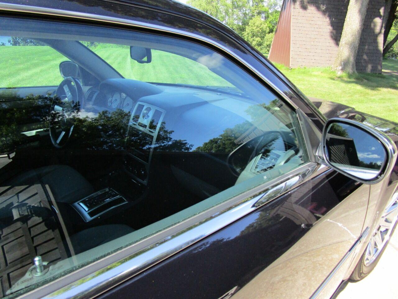 2006 Chrysler 300 41