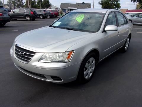 2009 Hyundai Sonata for sale at Ideal Auto Sales, Inc. in Waukesha WI