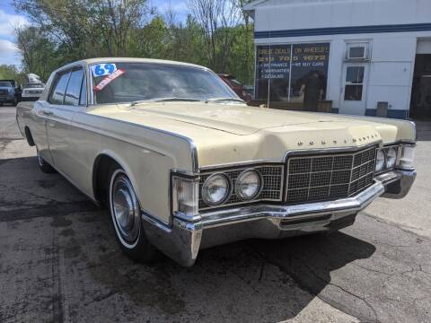 1969 Lincoln OLD SCHOOL for sale at GREAT DEALS ON WHEELS in Michigan City IN