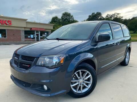 2014 Dodge Grand Caravan for sale at Gwinnett Luxury Motors in Buford GA