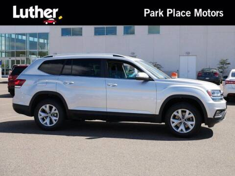 2018 Volkswagen Atlas for sale at Park Place Motor Cars in Rochester MN