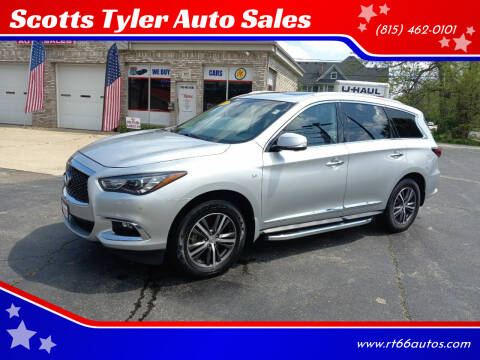 2017 Infiniti QX60 for sale at Scotts Tyler Auto Sales in Wilmington IL