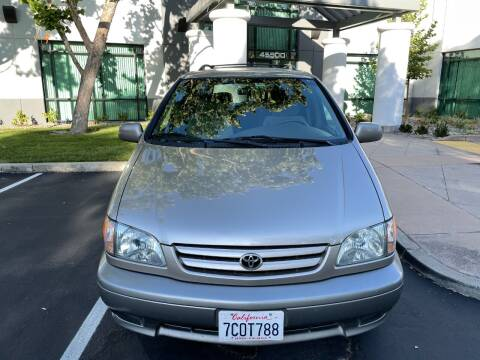 2003 Toyota Sienna for sale at Hi5 Auto in Fremont CA