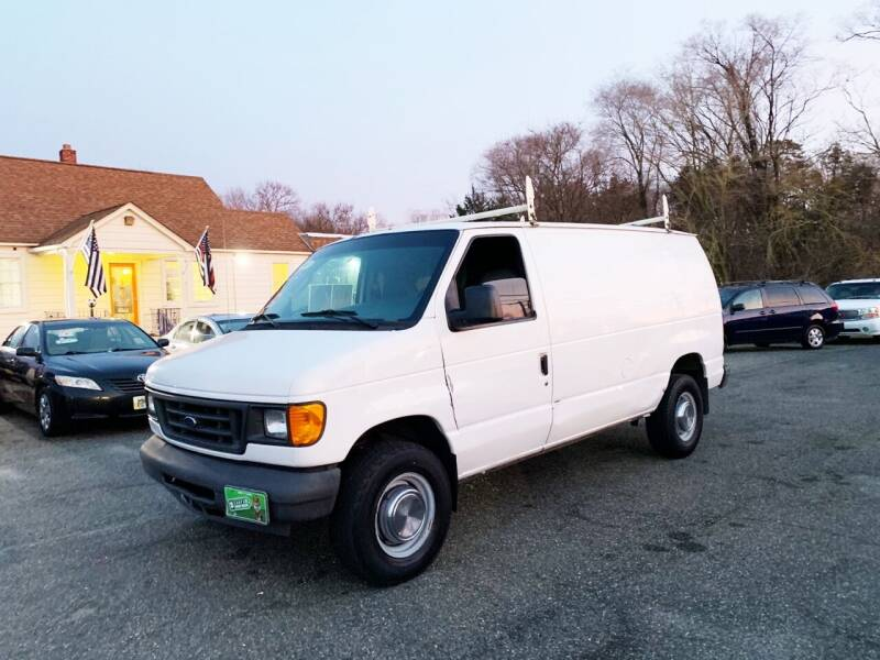 2004 Ford E-Series Cargo for sale at New Wave Auto of Vineland in Vineland NJ
