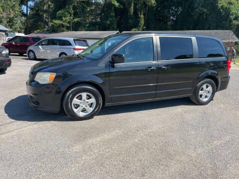 2011 Dodge Grand Caravan for sale at Adairsville Auto Mart in Plainville GA