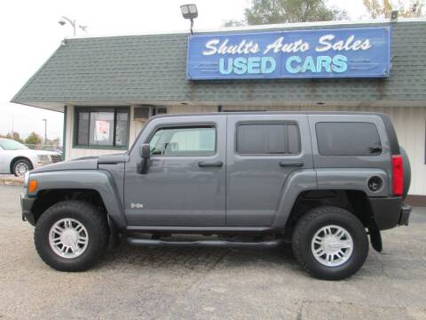 2008 HUMMER H3 for sale at SHULTS AUTO SALES INC. in Crystal Lake IL