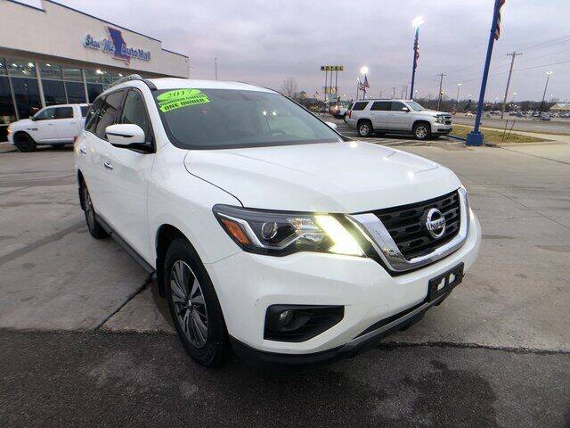 2017 Nissan Pathfinder for sale at Show Me Auto Mall in Harrisonville MO