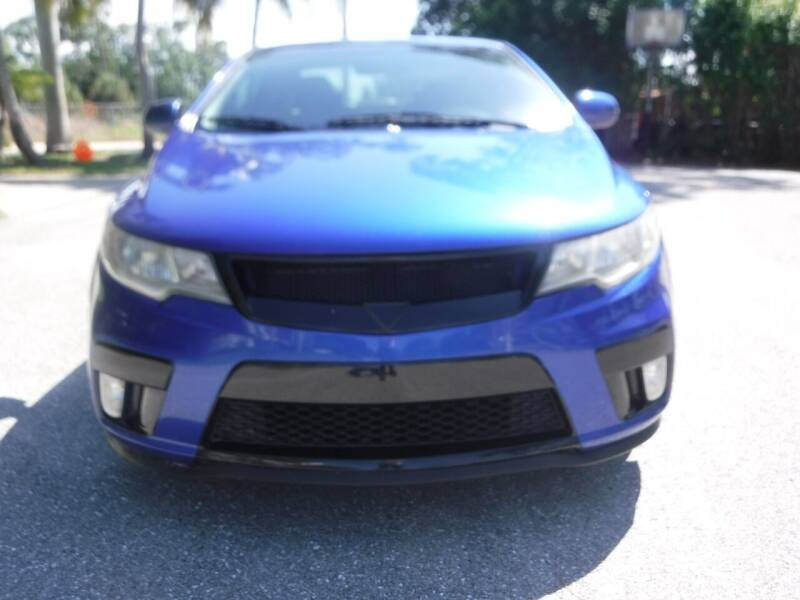 2011 Kia Forte Koup for sale at Seven Mile Motors, Inc. in Naples FL