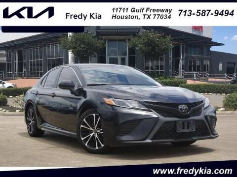 2018 Toyota Camry for sale at FREDY KIA USED CARS in Houston TX