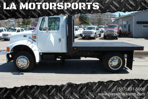 2000 International 4700LP for sale at LA MOTORSPORTS in Windom MN