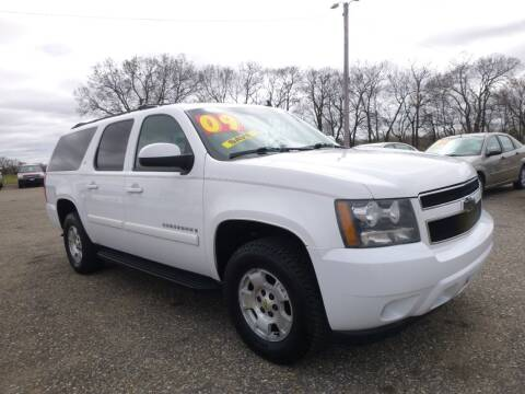 2009 Chevrolet Suburban for sale at Country Side Car Sales in Elk River MN