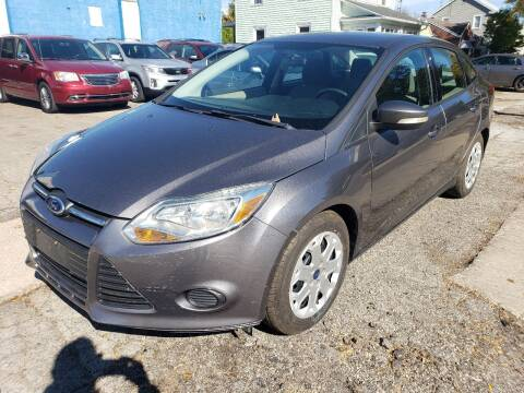 2013 Ford Focus for sale at M & C Auto Sales in Toledo OH