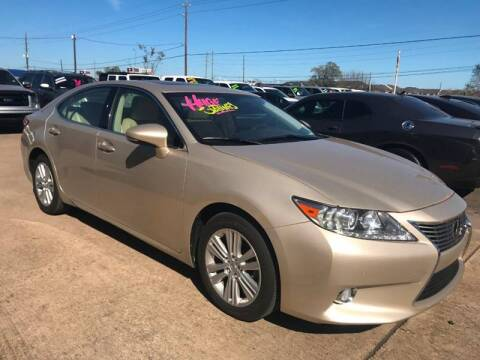 2015 Lexus ES 350 for sale at Discount Auto Company in Houston TX