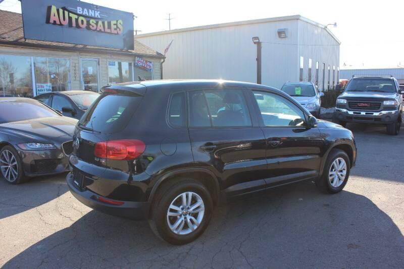2012 Volkswagen Tiguan for sale at BANK AUTO SALES in Wayne MI