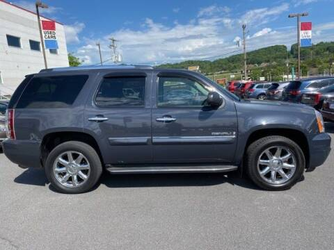 2008 GMC Yukon for sale at Bill Gatton Used Cars in Johnson City TN