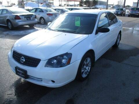 2006 Nissan Altima for sale at King's Kars in Marion IA
