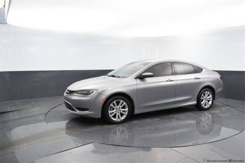 2015 Chrysler 200 for sale at BOB HART CHEVROLET in Vinita OK