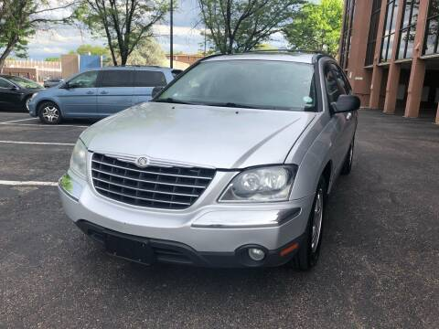 2005 Chrysler Pacifica for sale at Modern Auto in Denver CO
