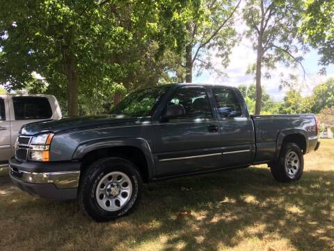 2006 Chevrolet Silverado 1500 for sale at Antique Motors in Plymouth IN