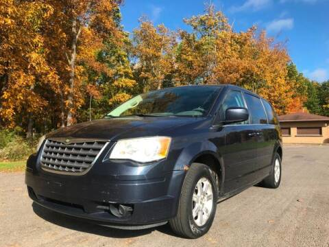 2008 Chrysler Town and Country for sale at GOOD USED CARS INC in Ravenna OH