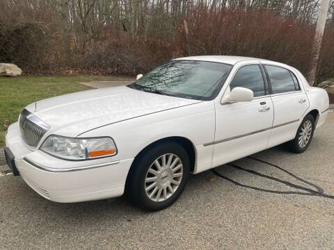 2004 Lincoln Town Car for sale at Padula Auto Sales in Braintree MA