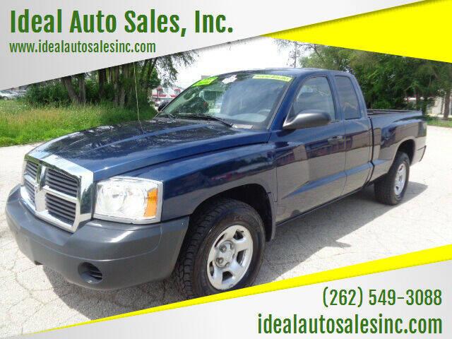 2005 Dodge Dakota for sale at Ideal Auto Sales, Inc. in Waukesha WI