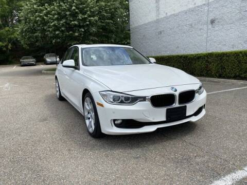 2013 BMW 3 Series for sale at Select Auto in Smithtown NY