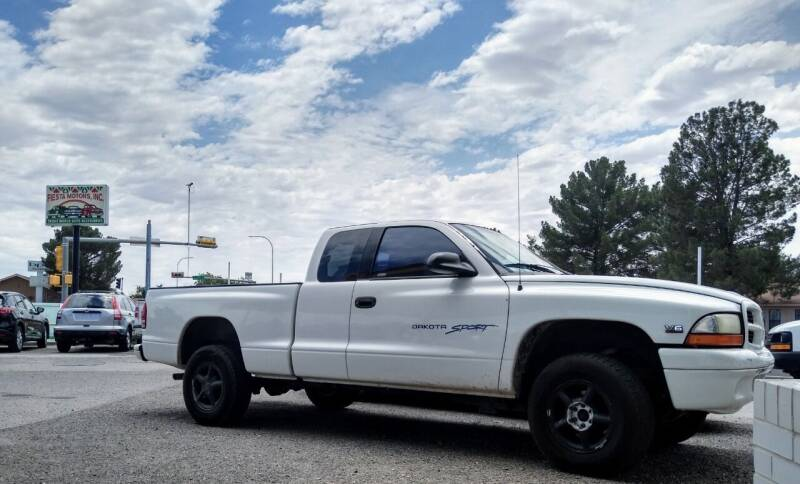 2000 Dodge Dakota for sale at Fiesta Motors Inc in Las Cruces NM