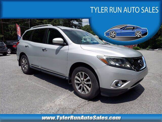 2013 Nissan Pathfinder for sale at Tyler Run Auto Sales in York PA