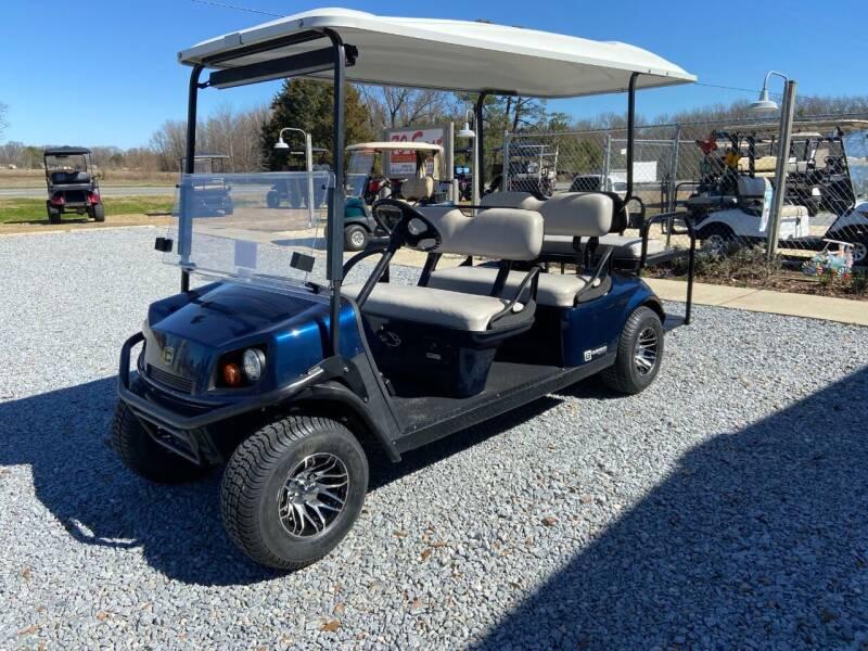 2017 Cushman SHUTTLE  6 - GAS for sale at 70 East Custom Carts LLC in Goldsboro NC