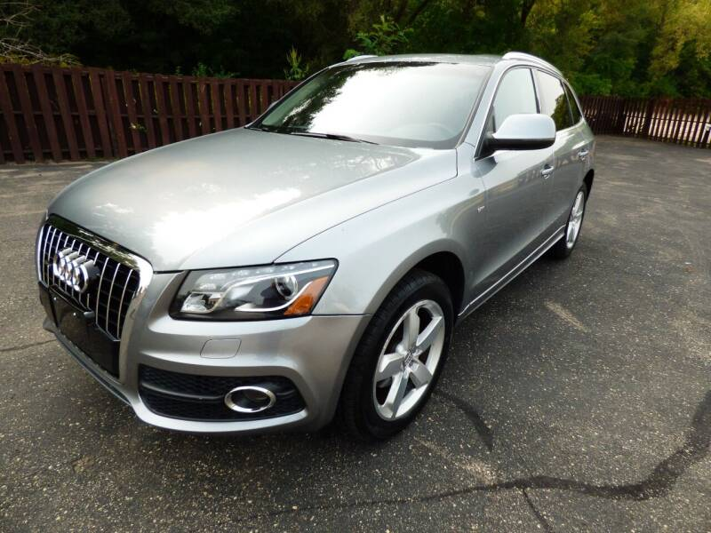 2011 Audi Q5 for sale at Chris's Century Car Company in Saint Paul MN