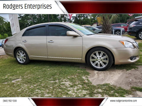 2009 Toyota Avalon for sale at Rodgers Enterprises in North Charleston SC